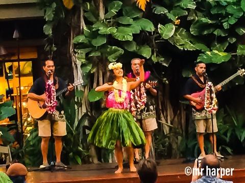 3ハワイ ワイキキ フラダンス