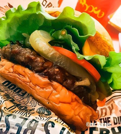 ハワイ カイルア テディーズビガーバーガー ハンバーガー2