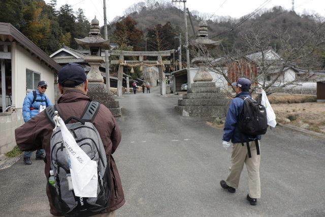 23-神社へ向かう