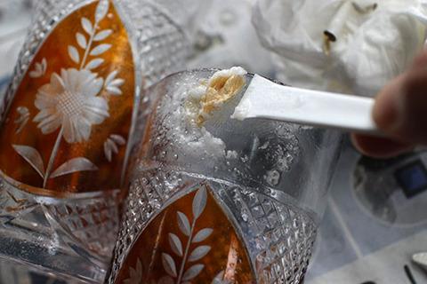 ガラスについたシール 綺麗に取る 剥がす方法 体験談ブログ3