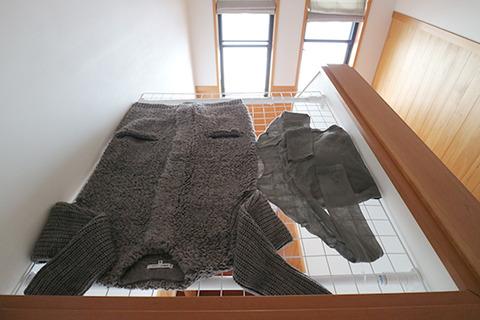 セーター 自宅で洗濯 縮まない方法