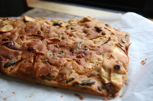 簡単 生りんご 切って 混ぜるだけ りんごケーキ レシピ