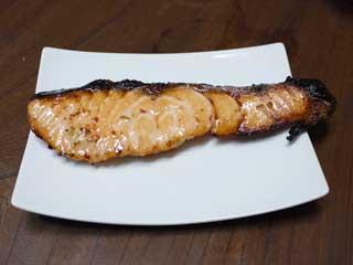 生鮭の塩麹漬け焼き