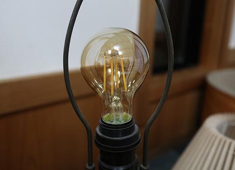 LED電球 キャンドル色 アイリスオーヤマ