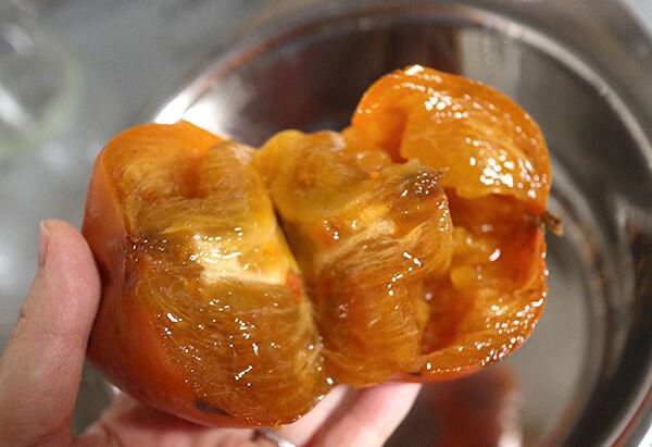 熟しすぎ柿 レシピ 柿ジャム作り方 1