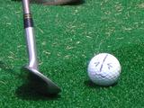 ゴルフボールに顔