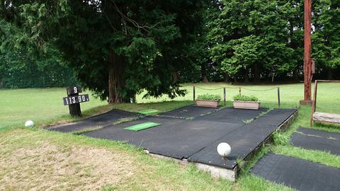 芦刈ゴルフクラブのティーインググラウンド