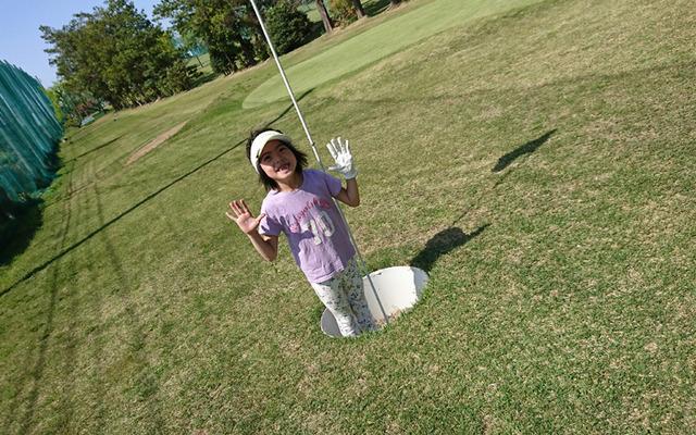 フットゴルフのカップ