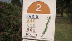 ザ・ゴルフクラブ竜ヶ崎の2番ロングホール看板