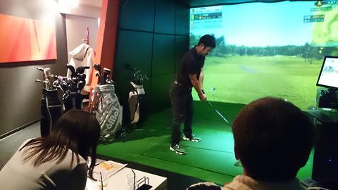 本格ゴルフバーを体験