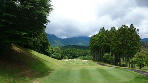 双鈴ゴルフクラブ関コース5番ホール