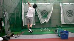 室内レンジでドライバー練習(2)