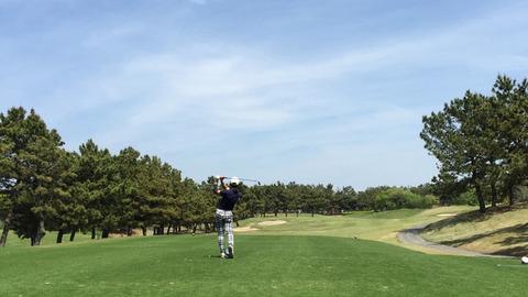 若洲ゴルフリンクスティーショット
