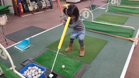 子供に学ぶゴルフスイング習得方法 (7)