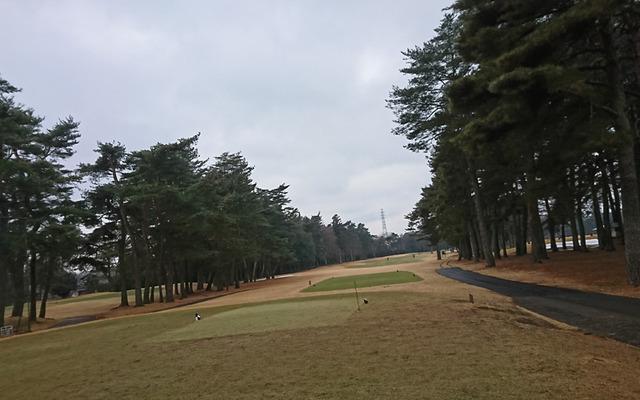 2月のゴルフは寒いぜ
