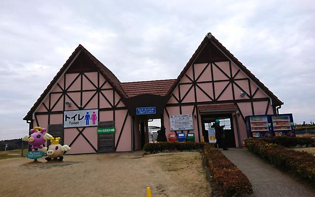 東京ドイツ村パターコースの受付ハウス