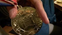 優勝の金メダル