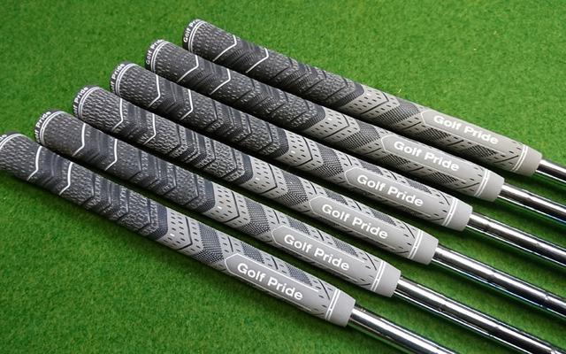 グリップ交換Golf Pride MCC Plus4 MIDSIZE