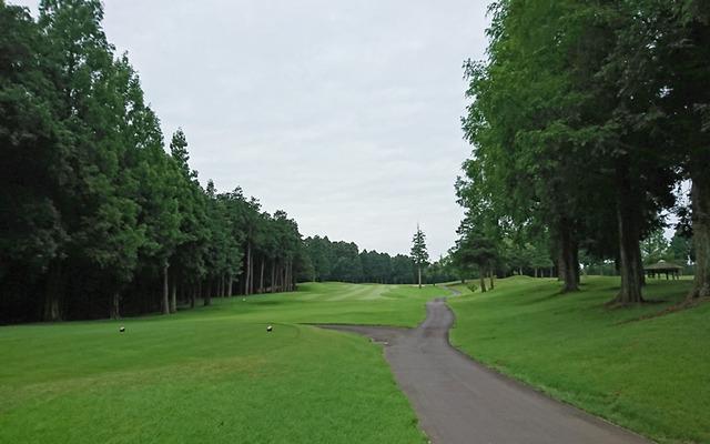 阿見ゴルフクラブで早朝ゴルフ