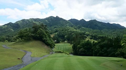 双鈴ゴルフクラブ関コース9番ホール