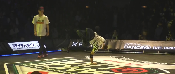 TAISUKE vs Jyunki BEST4 BREAK DANCE@LIVE JP FINAL 2014