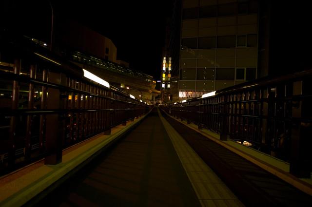 立川駅前スロープ