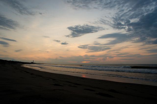 夜明けの静波海岸9