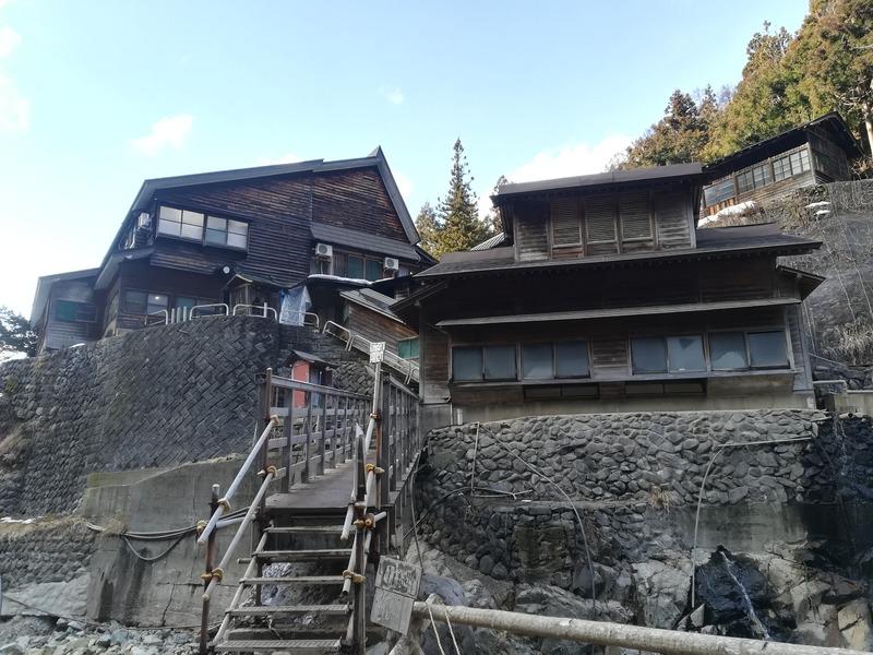 外国人向け観光ガイド番外編、猿とお風呂に入れる後楽館