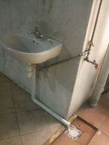水栓を施錠