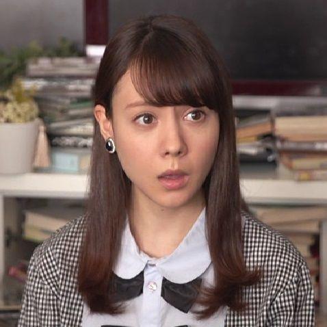 驚いた顔のトリンドル玲奈