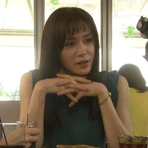 「カンナさーん!」出演時に両手を組んで話し合うランチ中の山口紗弥加