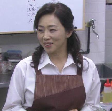 女たちの特捜最前線〜警察食堂極秘会議の藤吉久美子
