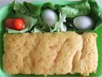おかずケーキ・うずら・ウインナ・サラダ菜