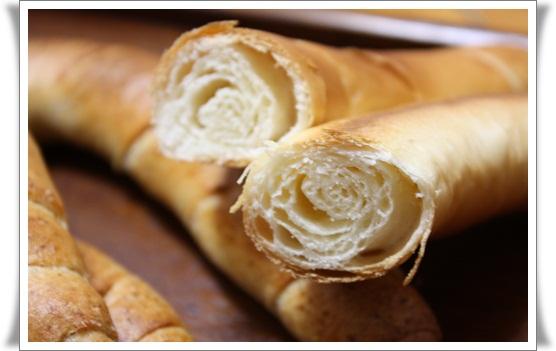 パン屋さんのパン2