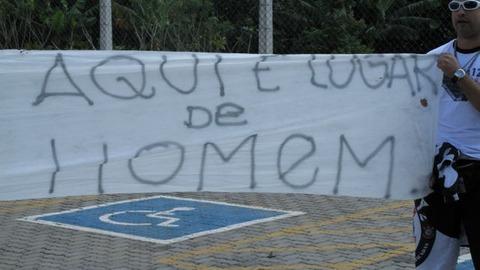 foto_protesto_torcida_timao
