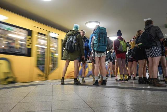 Internationaler-No-Pants-on-Subway-Tag-Berlin