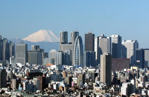 【新型コロナ】東京都の陽性率38.15%はデマ!速報値の検査実施件数から勘違いする人が続出