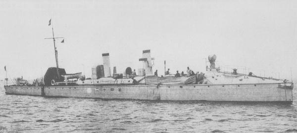 IJN_torpedo_boat_No42_around_1902