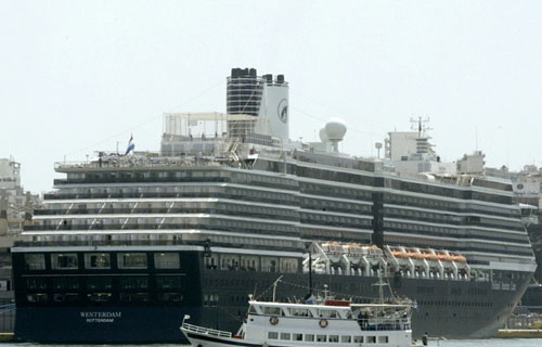 【新型肺炎】カンボジア「ウエステルダム号の乗客781人を検査したが感染者はいなかった」