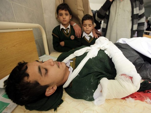 635543124068199754-EPA-PAKISTAN-TALIBAN-ATTACK