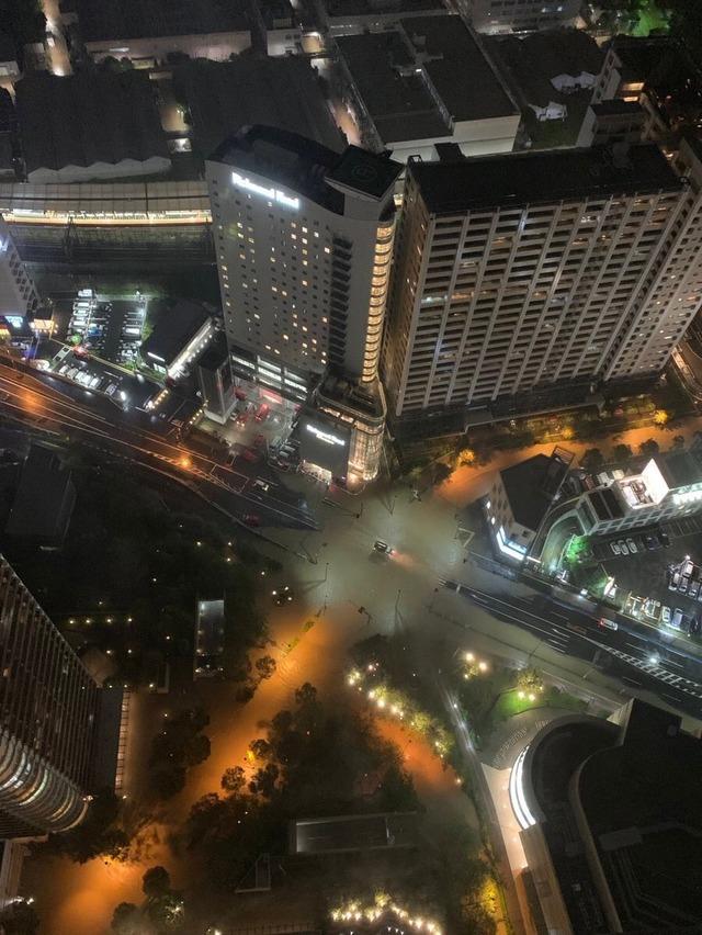 画像】オシャレな街でお馴染みの「武蔵小杉」、台風19号で下水が