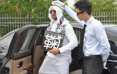 アラブの富豪がアイドルヲタになった結果wwwwwwwの画像