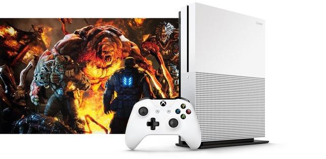 Xbox-One-Slim-Unit-Leak_002