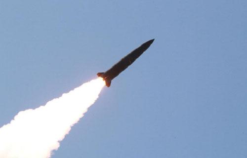【速報】北朝鮮が日本海に向けて飛翔体を発射!うわあああああああああ