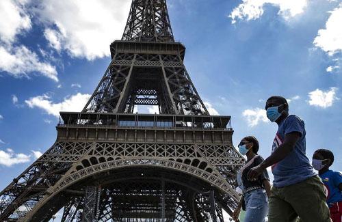 パリ市「新型コロナヤバイから、ロックダウンするわ」 住民「!!!(シュバババババッ」 → 現地がとんでもないことに…