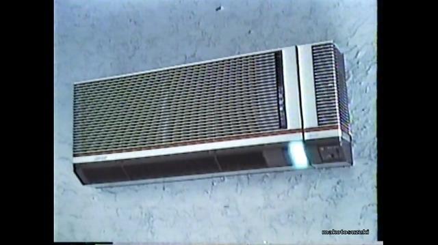42年前のエアコンのリモコンが衝撃的すぎる!!こんなピラミッドみたなの使ってたの????