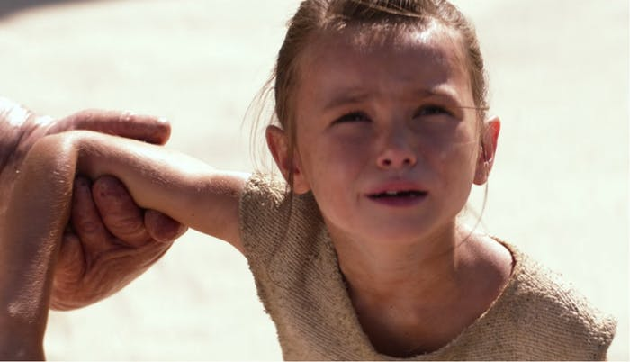 young-rey-yells-at-what-we-assume-is-the-departing-ship-carrying-her-parents.jpg
