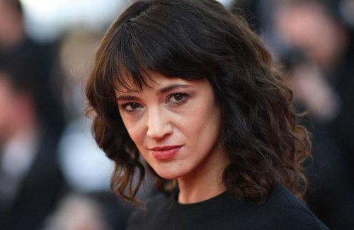 MeToo 運動中心人物の女性俳優、自らも17歳少年を性的暴行して口止め料を支払っていたことが判明