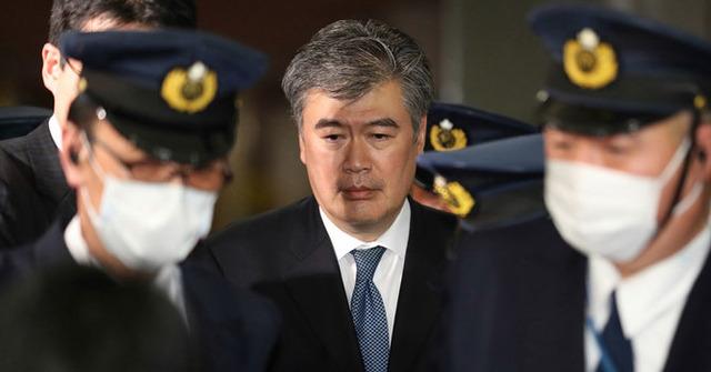 セクハラ疑惑の福田財務次官が女性を口説いた時のセリフがめちゃくちゃ『RADWIMPS』っぽい!⇒実際歌ってみたwwwwwww