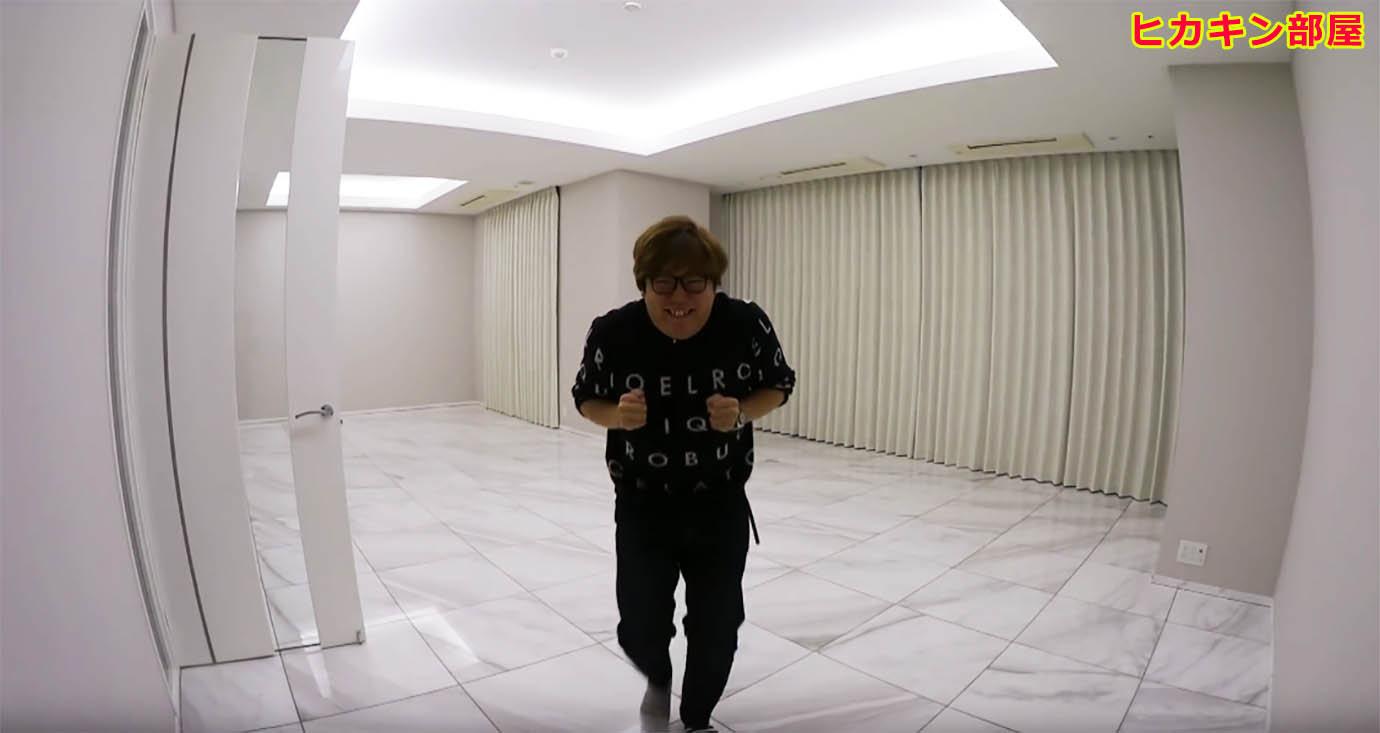 hikakin-same-room-raphael1.jpg